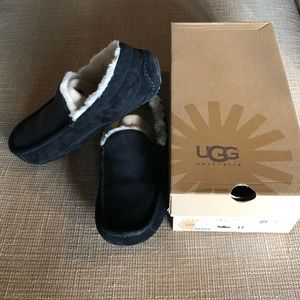 NEW Mens UGG ASCOT Suede Shearling Slippers BLACK